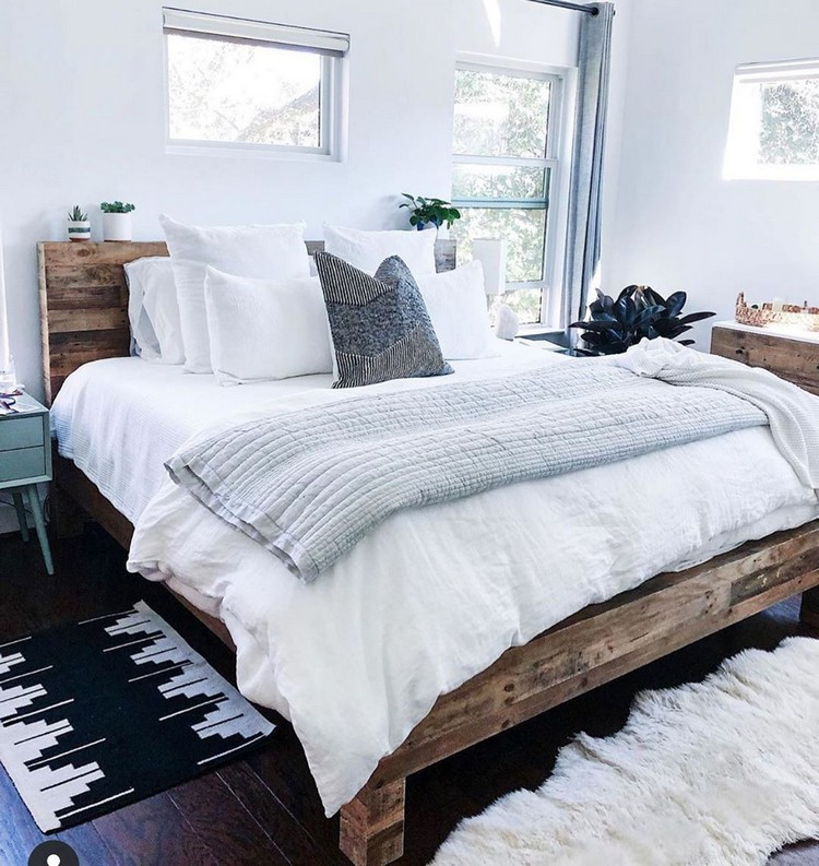 Charming Bohemian Bedroom Decor (27)