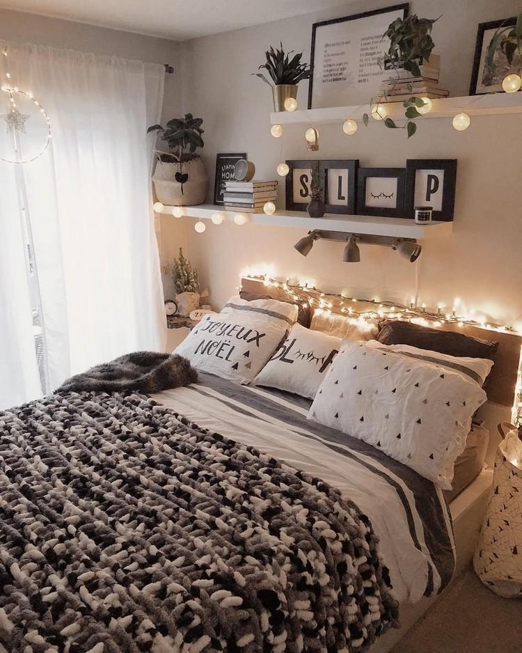Charming Bohemian Bedroom Decor (3)