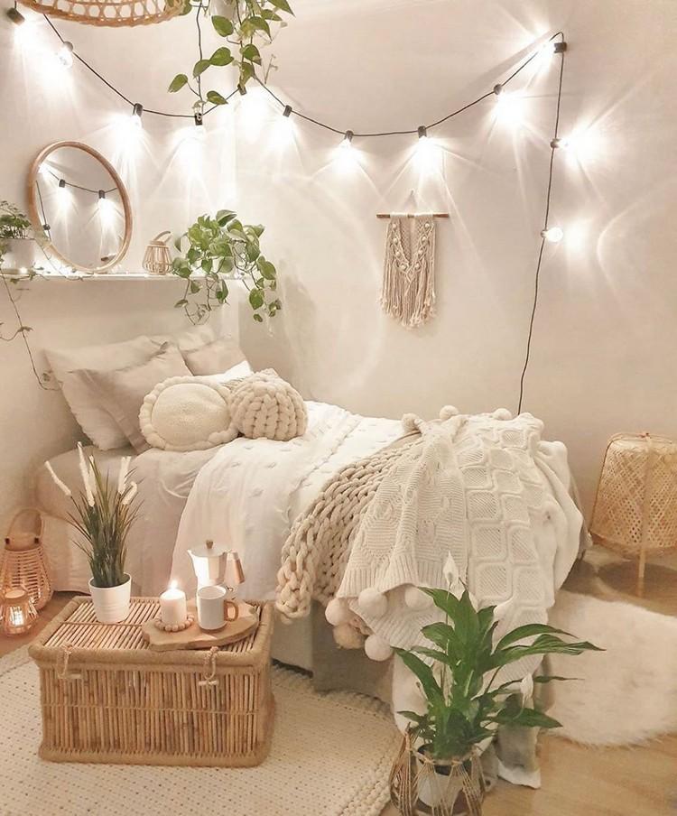 Charming Bohemian Bedroom Decor (30)