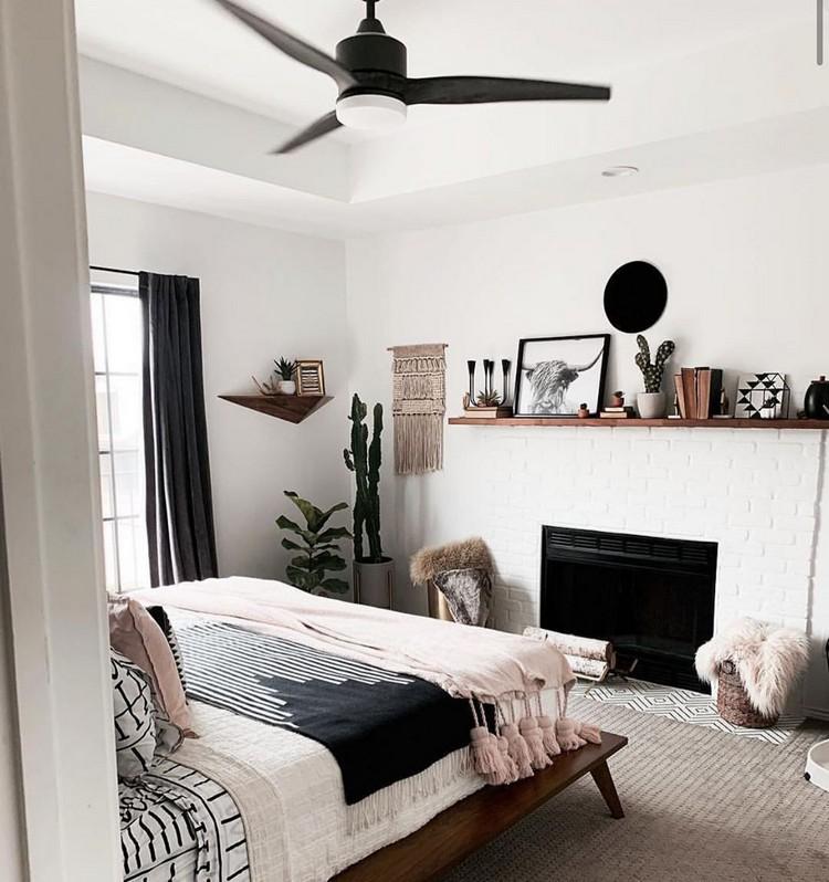 Charming Bohemian Bedroom Decor (32)